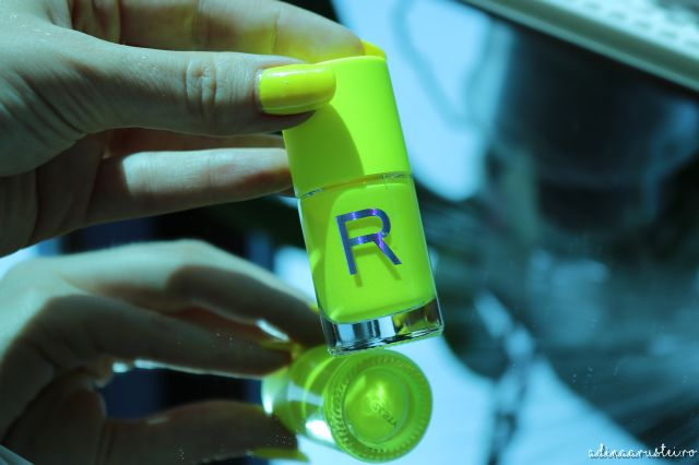 makeup revolution neon nail polish oja neon (2)